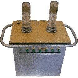 Установка для испытания изоляции УИ-70М