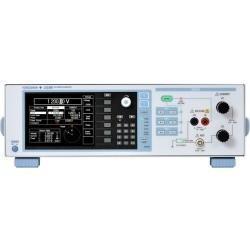 LS3300 - калибратор переменного тока и напряжения