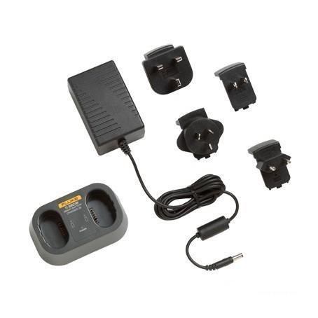 FLK-TI-SBC3B — база для зарядки аккумуляторов Ti-SBP3 and SBP4 с адаптерами