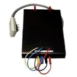 Опция 140-01 — подставка-адаптер для поверяемого мультиметра