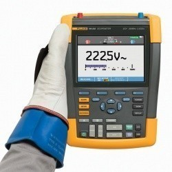 Fluke 190-202/S - цифровой запоминающий осциллограф-мультиметр (скопметр) с комплектом SCC290