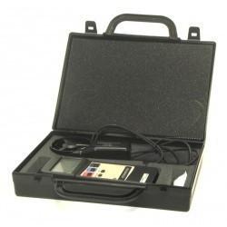 АТТ-1003 — крыльчатый анемометр-адаптер с выносным датчиком, для измерения скорости потока воздуха (0,8-25 м/с)