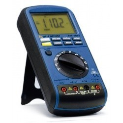 АМ-1018 — мультиметр-мегаомметр
