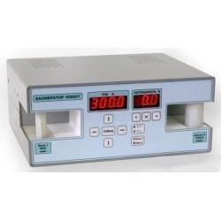 10302/1 — калибратор тока для поверки клещей токоизмерительных