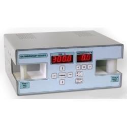 10302/2 — калибратор тока для поверки клещей токоизмерительных