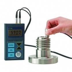 Ультразвуковой толщиномер TT100