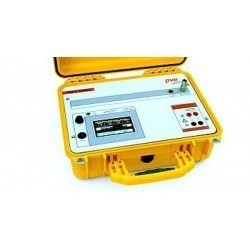 Измеритель параметров фотоэлектрических установок PVPM1040X (до 1000 В и 40A постоянного тока)