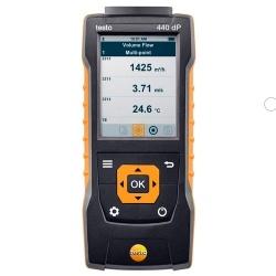 testo 440dp — прибор для измерения скорости воздуха и оценки качества воздуха в помещении со встроенным сенсором дифференциального давления
