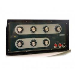 ПрофКиП МС3070-1 — многозначная мера сопротивления (класс точности 0,001)